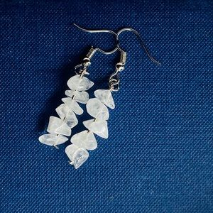 White Frosted Crystal Chips Earrings